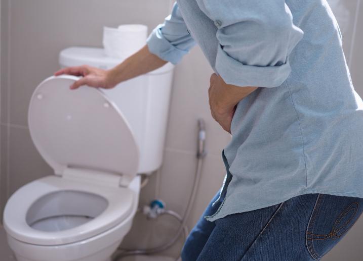 ¿Aguantar la orina durante mucho tiempo puede ser perjudicial para la próstata?