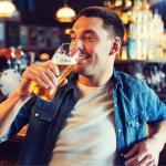 ¿Afecta el consumo de alcohol al riesgo de cáncer de próstata?